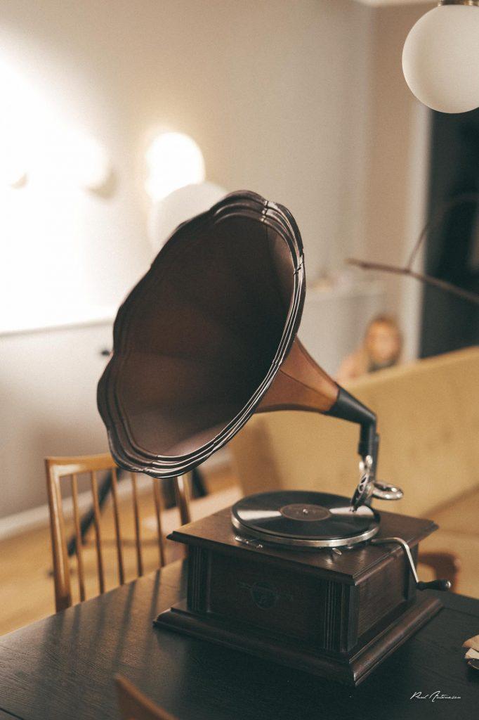 Gramofon, paul antonescu, fotografie